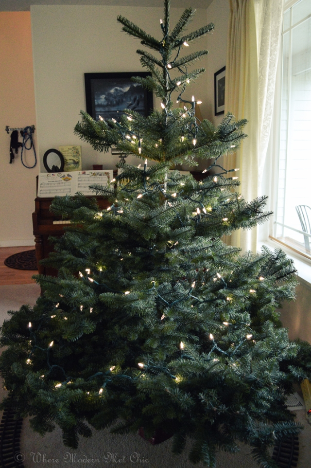How to decorate a christmas tree 5